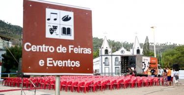 """A Caravana Revelando os Brasis n‹o p‡ra! Meruoca (CE) recebeu no dia 08/11/2015 o caminh‹o-cinema do Circuito Nacional de Exibi‹o para o lanamento do filme """"Sobrou pra N—s"""", de Augusto CŽsar dos Santos."""